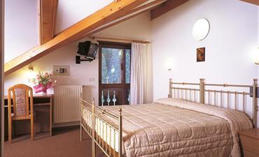 Hotel SELLA RONDA & Dependance Serenella_dvoulůžkový pokoj