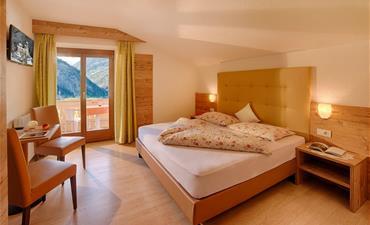 Hotel MAIR_dvoulůžkový pokoj