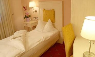 Hotel STELLA MONTIS_jednolůžkový pokoj single