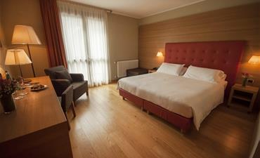 BLU HOTEL ACQUASERIA_dvoulůžkový pokoj