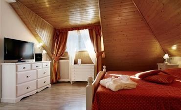 Hotel TOURING_dvoulůžkový pokoj