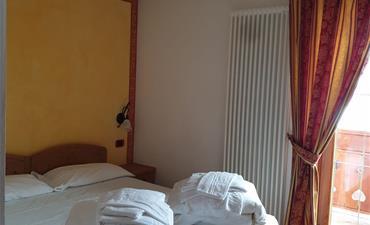 Hotel DAL BRACCONIERE_dvoulůžkový pokoj