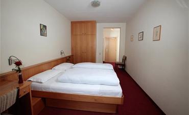 Hotel ALPINO PLAN_dvoulůžkový pokoj s 1 přistýlkou