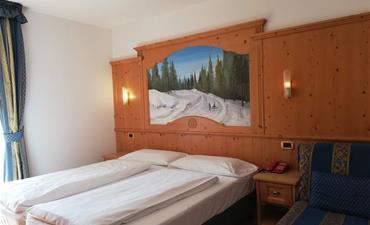 Hotel GARDENIA_dvoulůžkový pokoj s 1 přistýlkou