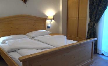 Hotel DAL BON_dvoulůžkový pokoj