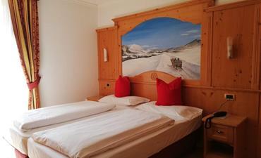 Hotel GARDENIA_dvoulůžkový pokoj