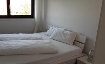 Hotel Pension PRACK_dvoulůžkový pokoj s 2 přistýlkami