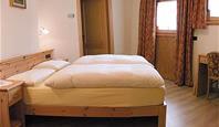 FREE SKI Hotel Garni BAITA CECILIA