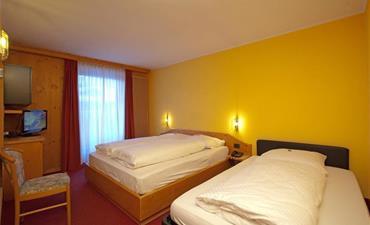 Hotel ANGELICA_dvoulůžkový pokoj s 1 přistýlkou