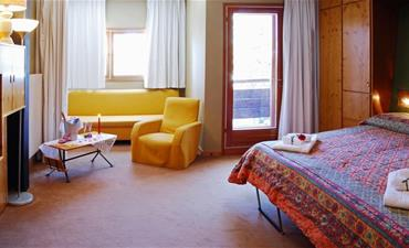 Hotel Eurotel Cermis_dvoulůžkový pokoj s 2 přistýlkami