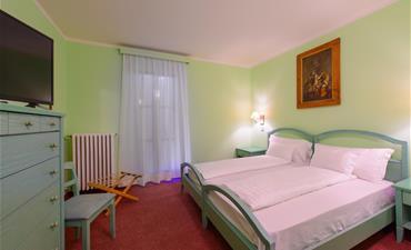 Park Hotel FALORIA_dvoulůžkový pokoj s 2 přistýlkami COMFORT