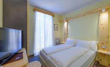 Park Hotel FALORIA_dvoulůžkový pokoj s 2 přistýlkami ECONOMY