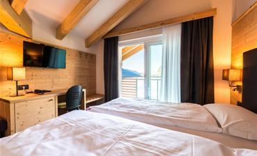 Hotel FONTANELLA_dvoulůžkový pokoj s 1 přistýlkou