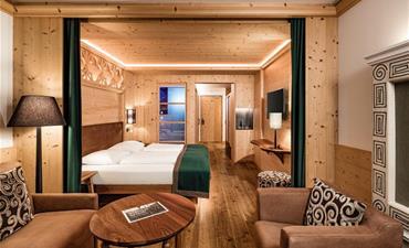 Alpin Hotel Masl_dvoulůžkový pokoj s 1 přistýlkou SUITE ROMANTICA